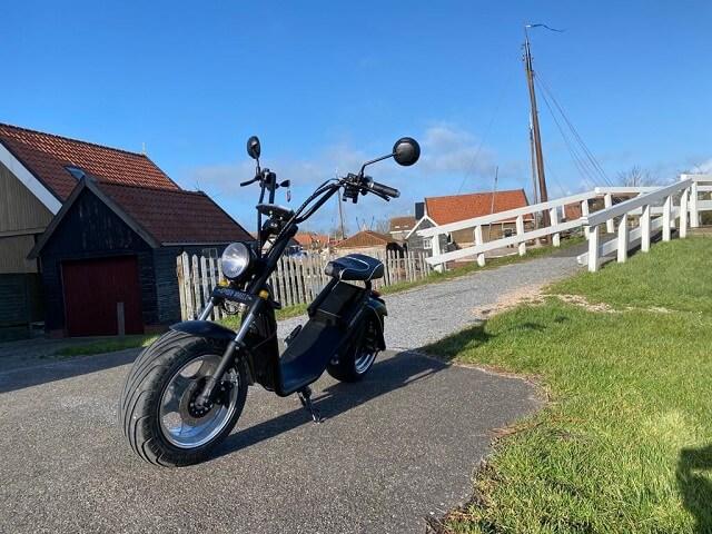 mooi elektrische scooter om op te rijden door oldemarkt